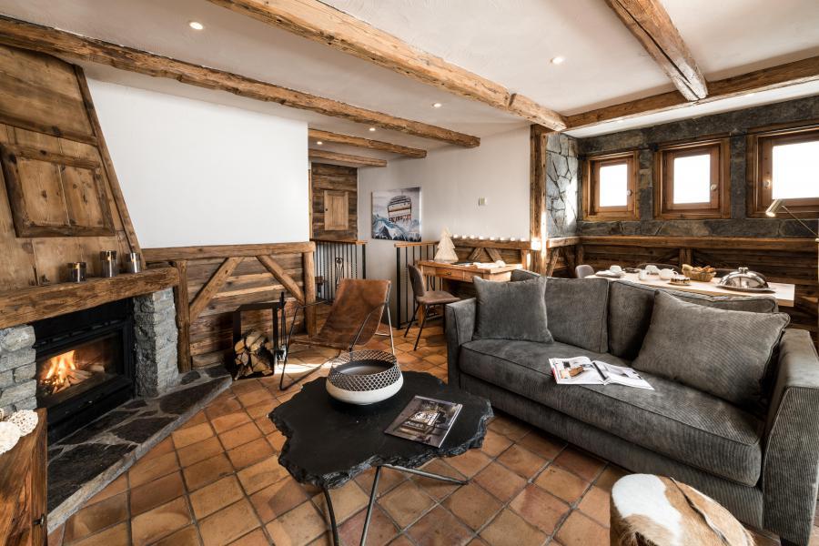 Location au ski Hôtel les Suites du Montana - Tignes - Cheminée
