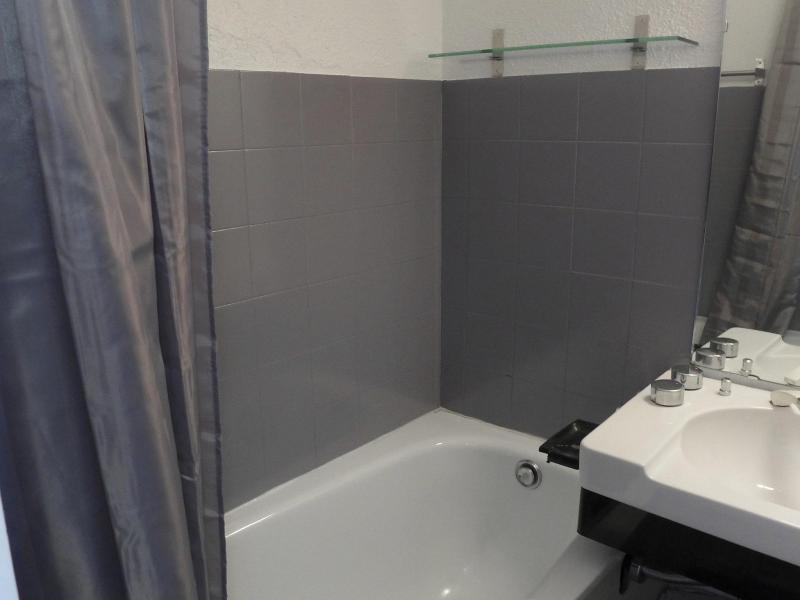 Location au ski Appartement 2 pièces 4 personnes (9) - Les Olympiques - Tignes - Baignoire