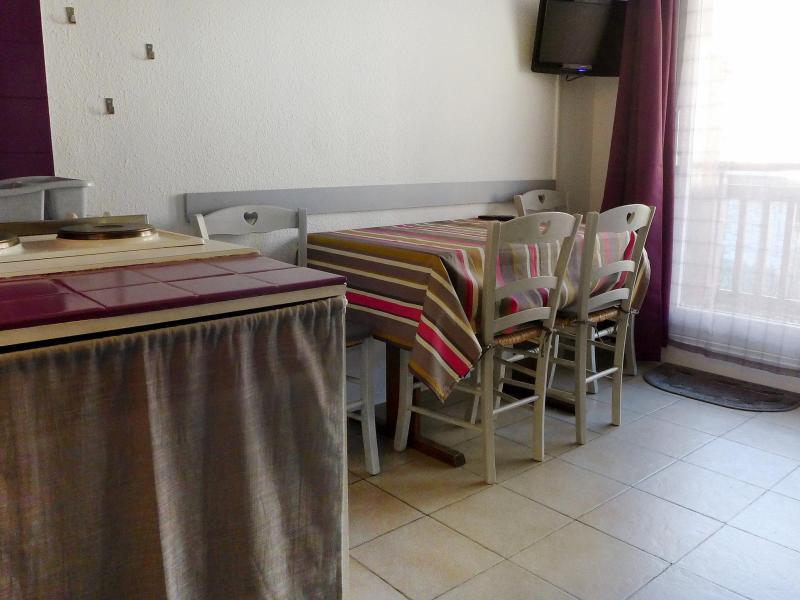 Location au ski Appartement 2 pièces 4 personnes (9) - Les Olympiques - Tignes - Table