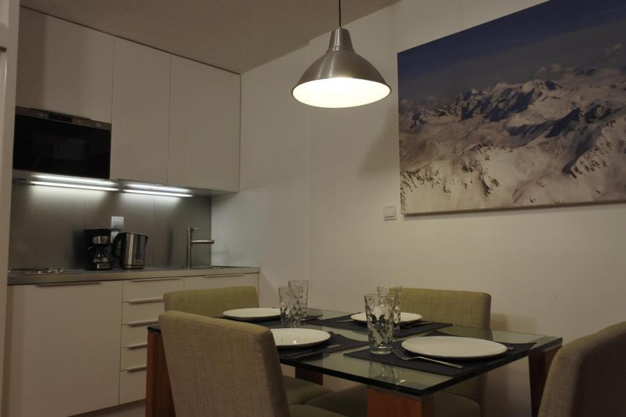 Location au ski Studio coin montagne 4 personnes (052R) - Résidence Home Club - Tignes - Cuisine
