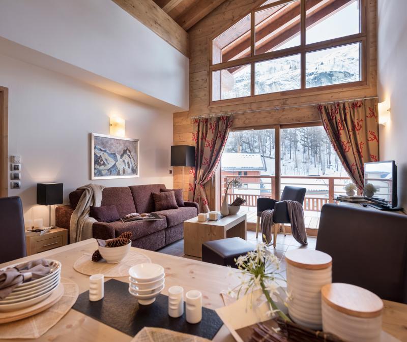 Skiverleih Résidence Kalinda Village - Tignes - Wohnzimmer