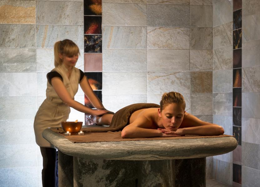 Location au ski Residence Le Jhana - Tignes - Massage