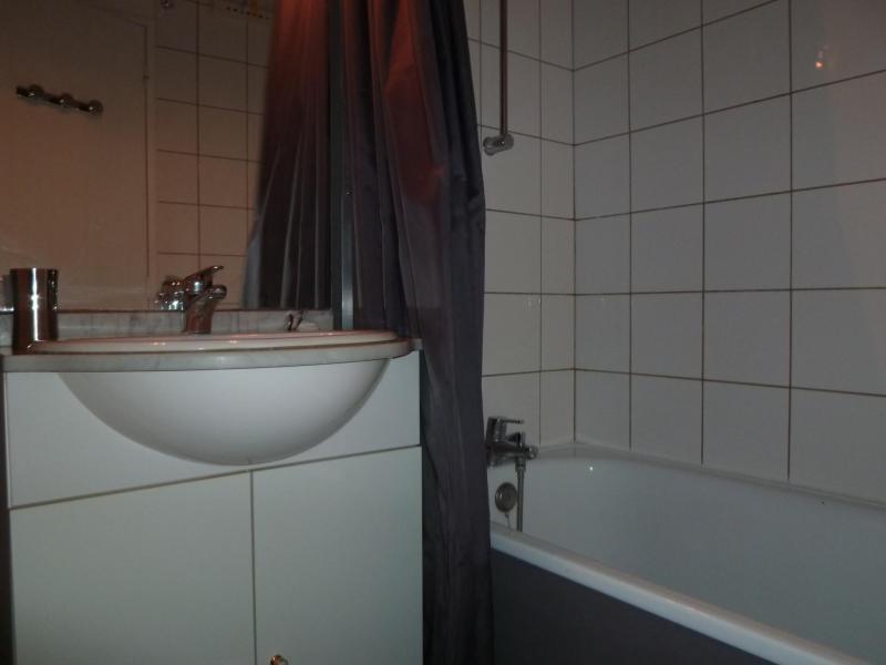 Location au ski Studio 4 personnes (31) - Residence Moutieres B - Tignes - Salle de bains