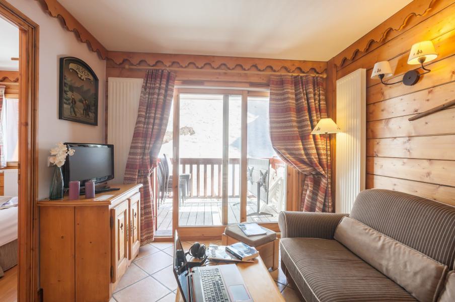 Skiverleih Résidence P&V Premium l'Ecrin des Neiges - Tignes - Kleines Wohnzimmer
