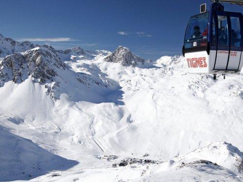 Vacances en montagne Résidence Pierre & Vacances Inter-Résidences - Tignes - Extérieur hiver