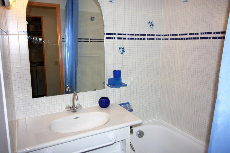 Skiverleih Studio Kabine für 4 Personen (106CL) - Résidence Rond Point des Pistes - Tignes - Badewanne
