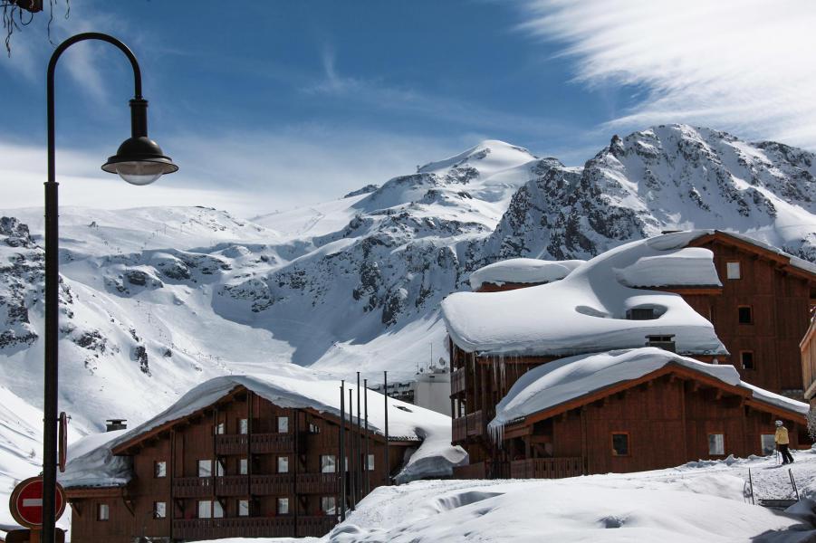 Аренда на лыжном курорте Résidences Village Montana - Tignes - зимой под открытым небом