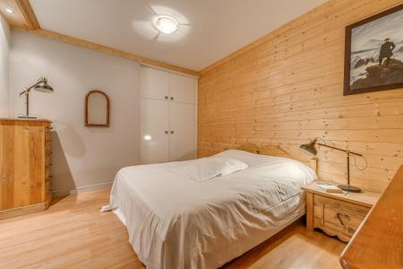 Rent in ski resort 5 room apartment 10 people - Chalet Canvolan - Tignes