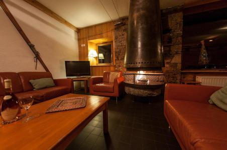 Rent in ski resort Chalet Chardonnet - Tignes - Settee