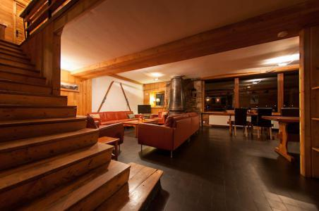 Rent in ski resort Chalet Chardonnet - Tignes - Stairs