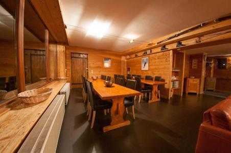 Location au ski Chalet Chardonnet - Tignes - Table