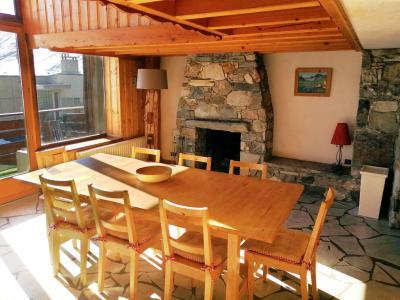Rent in ski resort Chalet Iceberg - Tignes - Dining area