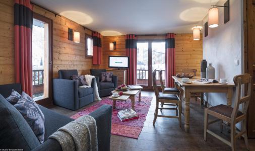 Rent in ski resort 4 room apartment 6 people - Chalet le Planton - Tignes - Living room