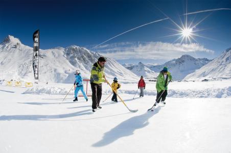 Rent in ski resort Hôtel Club MMV les Brévières - Tignes - Winter outside