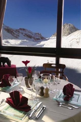 Location au ski Hotel Le Ski D'or - Tignes - Table