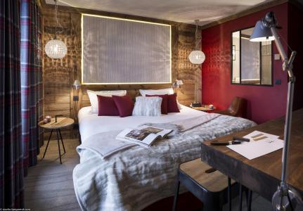 Rent in ski resort Hôtel Village Montana - Tignes - Double bed