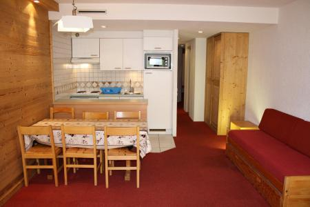 Rent in ski resort 2 room apartment cabin 6 people (102CL) - La résidence le Palafour - Tignes - Living room