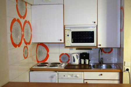 Rent in ski resort Studio sleeping corner 4 people (1005CL) - La résidence le Palafour - Tignes - Kitchenette
