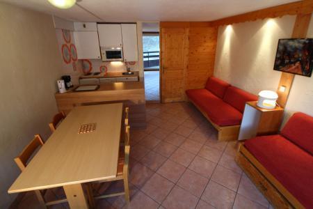 Rent in ski resort Studio sleeping corner 4 people (1005CL) - La résidence le Palafour - Tignes - Living room