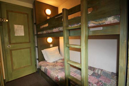 Rent in ski resort Studio sleeping corner 4 people (204CL) - La résidence le Palafour - Tignes - Bunk beds