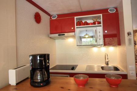 Rent in ski resort Studio sleeping corner 4 people (705CL) - La résidence le Palafour - Tignes - Kitchenette