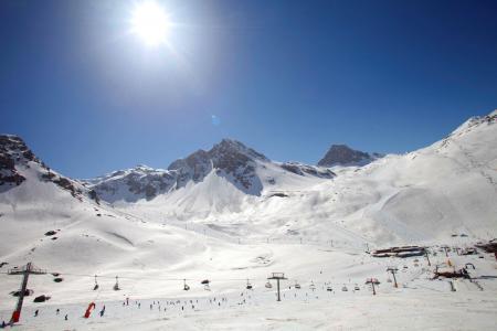 Location au ski Les Résidences du Val Claret - Tignes - Extérieur hiver