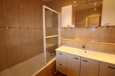 Rent in ski resort 2 room apartment sleeping corner 6 people (521CL) - Résidence Bec Rouge - Tignes - Bath-tub