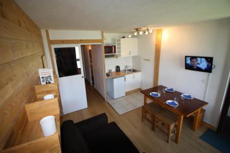 Rent in ski resort Studio sleeping corner 4 people (121CL) - Résidence Home Club 1 - Tignes