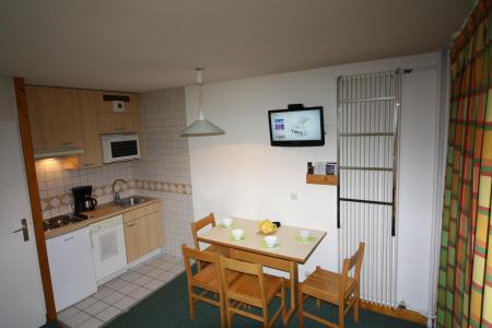 Rent in ski resort Studio sleeping corner 4 people (040CL) - Résidence Home Club 1 - Tignes