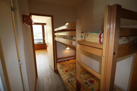 Rent in ski resort Studio sleeping corner 4 people (091CL) - Résidence Home Club 1 - Tignes