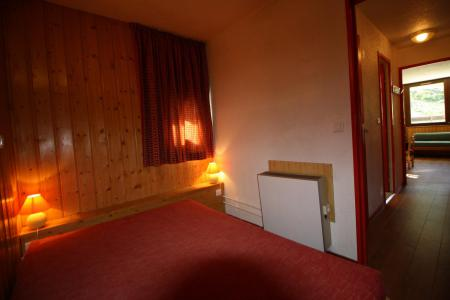 Rent in ski resort 2 room apartment sleeping corner 6 people (237CL) - Résidence Home Club 2 - Tignes - Double bed