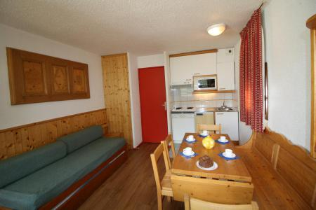 Rent in ski resort 2 room apartment sleeping corner 6 people (237CL) - Résidence Home Club 2 - Tignes - Living room