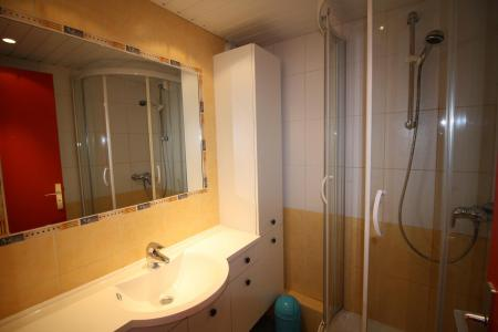 Rent in ski resort 2 room apartment sleeping corner 6 people (237CL) - Résidence Home Club 2 - Tignes - Shower