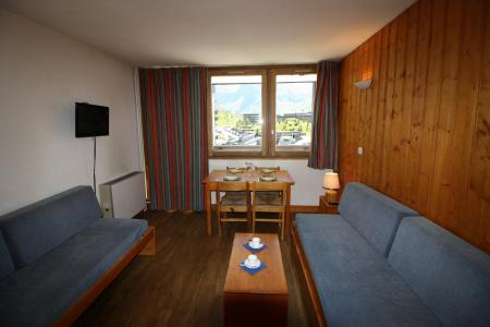 Rent in ski resort Studio sleeping corner 4 people (231CL) - Résidence Home Club 2 - Tignes