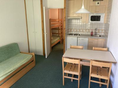 Rent in ski resort Studio sleeping corner 4 people (137CL) - Résidence Home Club 2 - Tignes - Living room