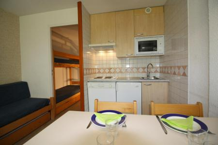 Rent in ski resort Studio sleeping corner 4 people (211CL) - Résidence Home Club 2 - Tignes - Kitchenette