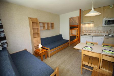 Rent in ski resort Studio sleeping corner 4 people (211CL) - Résidence Home Club 2 - Tignes - Living room