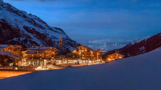 Rent in ski resort Résidence Kalinda Village - Tignes - Winter outside