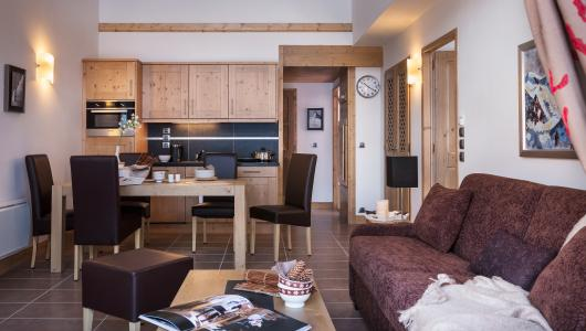 Rent in ski resort Résidence Kalinda Village - Tignes - Dining area