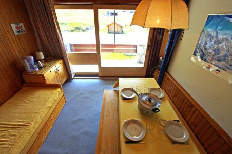 Rent in ski resort 2 room apartment 5 people (06CL) - Résidence la Grande Casse - Tignes - Table