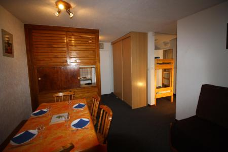Rent in ski resort 2 room apartment 6 people (A9CL) - Résidence le Prariond A - Tignes - Sofa-bed