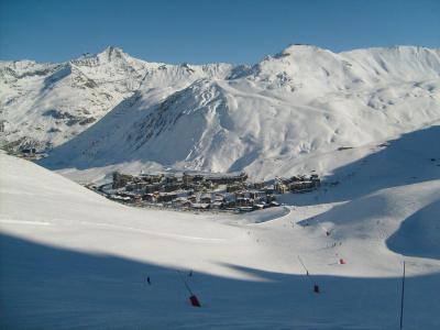Rent in ski resort Résidence les Hauts du Val Claret - Tignes - Winter outside