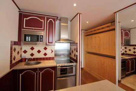Rent in ski resort Studio sleeping corner 4 people (220CL) - Résidence les Hauts du Val Claret - Tignes - Kitchenette