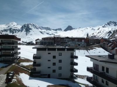 Vacances en montagne Appartement 4 pièces 8 personnes - Résidence les Roches Rouges A ou B - Tignes - Extérieur hiver
