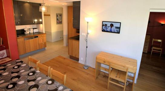 Rent in ski resort 3 room apartment 8 people (B33CL) - Résidence les Roches Rouges B - Tignes