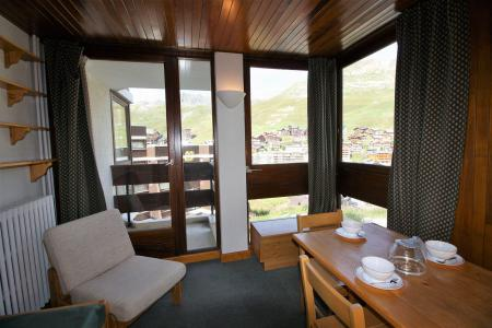 Rent in ski resort Studio sleeping corner 4 people (C6CL) - Résidence les Roches Rouges C - Tignes - Apartment