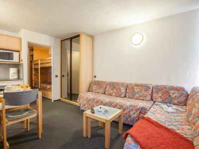 Rent in ski resort Résidence Pierre & Vacances Inter-Résidences - Tignes - Living room