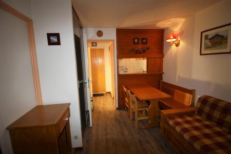 Rent in ski resort Studio cabin 4 people (128CL) - Résidence Rond Point des Pistes - Tignes