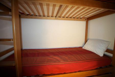 Location au ski Appartement 2 pièces cabine 6 personnes (111CL) - Résidence Rond Point des Pistes - Tignes - Lits superposés