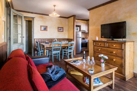 Rent in ski resort Résidences Village Montana - Tignes - Living room
